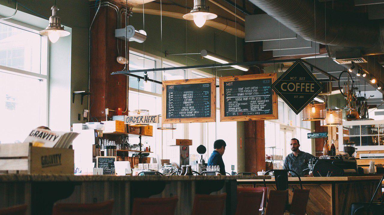 カフェバイトってきつい?チェーンと個人カフェの違いまとめ