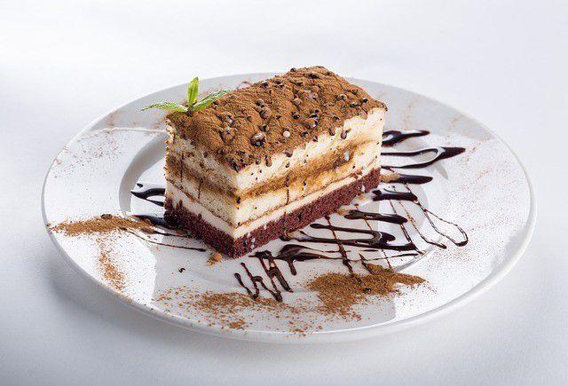 ケーキ屋のバイトは太る? スリムな店員さんが教えてくれたケーキ屋で太らないコツ
